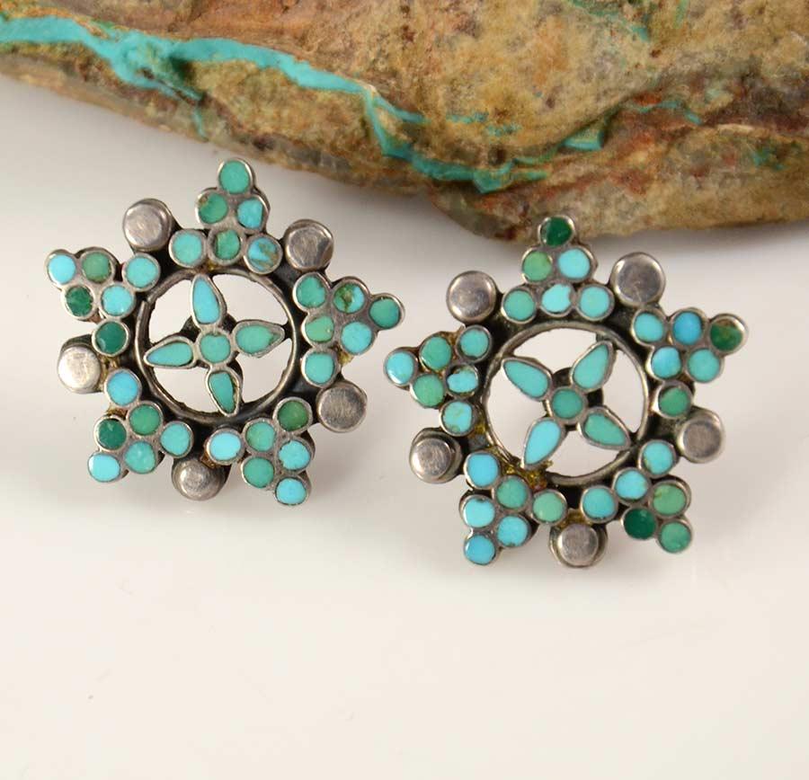 Zuni Earrings: Vintage Dishta Zuni Turquoise Earrings Have A Lovely Star