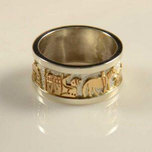 Robert Taylor Navajo Storyteller Ring Gold Silver
