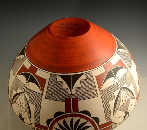 Barbara and Joseph Cerno Eagle Acoma Pot