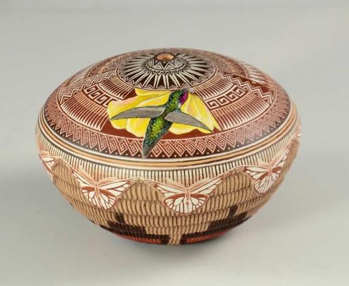 Wallace Nez Hummingbird Pot