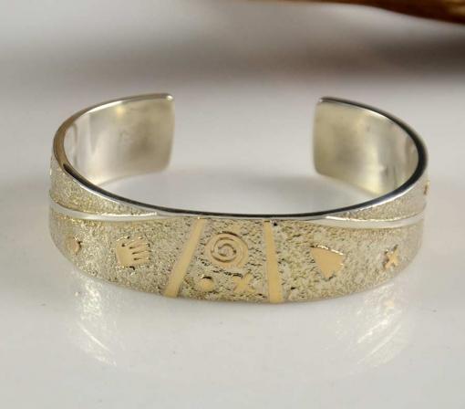 Cody Hunter Navajo Cuff Silver Gold